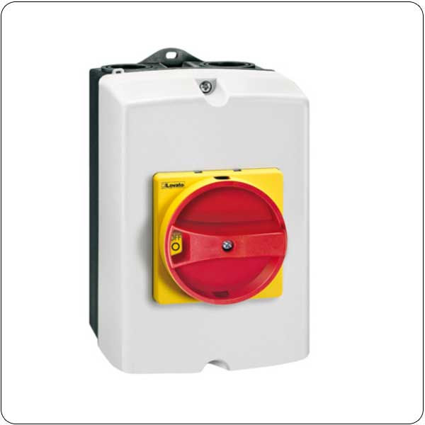 Four pole. With rotating red/yellow handle